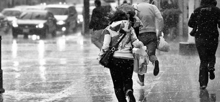 Ilustrasi Antisipasi Musim Hujan Sedia Air Panas di Rumah