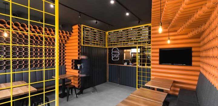 Resto Unik Dengan Dekorasi Pipa PVC Limbah