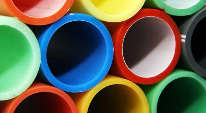 Ilustrasi Tips Memilih Pipa Plastik Untuk Saluran Air